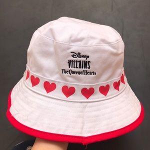 3/60$ Fila queen of hearts Reversible bucket hat